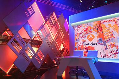 Iluminación Led - Improvisando Antena 3 - Luzyled